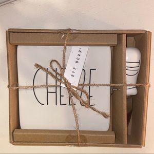 NWT Rae Dunn cheese tray and knife